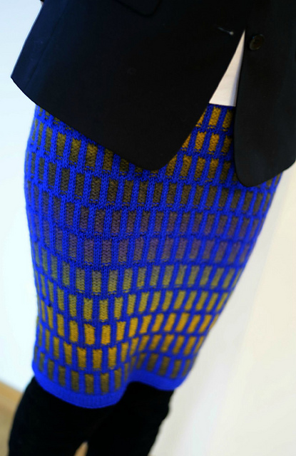 Modification Monday: Inspira Skirt | knittedbliss.com
