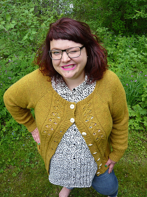 Modification Monday: Kai-Mei Cardigan | knittedbliss.com