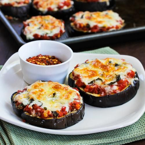 Pin Ups: eggplant pizza| knittedbliss.com
