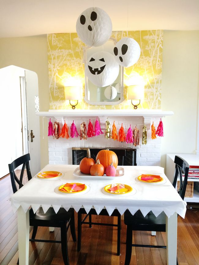 Pin Ups: Last Minute Halloween Party| knittedbliss.com
