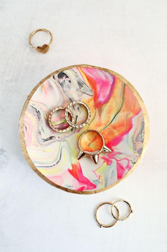 Pin Ups: clay bowls | knittedbliss.com