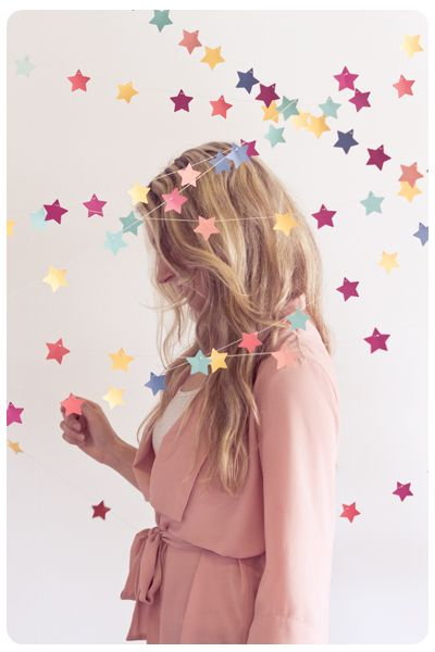 Pin Ups: DIY Star garland | knittedbliss.com