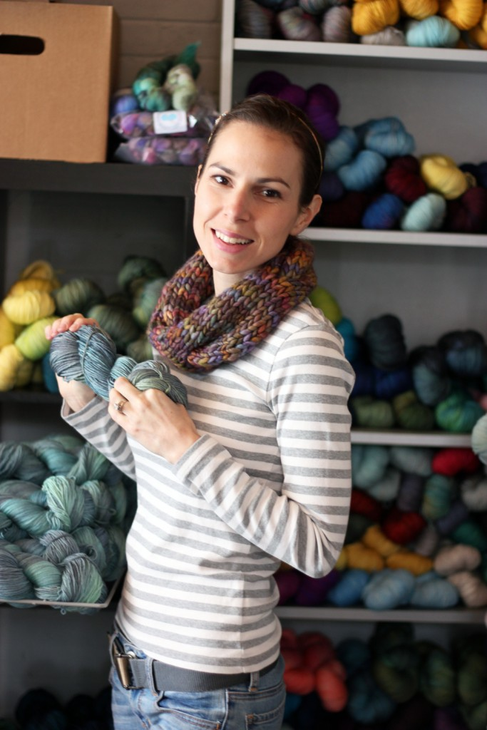 Indie Business Interview: Tanis Fiber Arts | knittedbliss.com