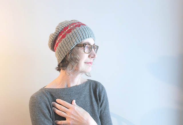 Modification Monday: Grey Memories Cocoon | knittedbliss.com