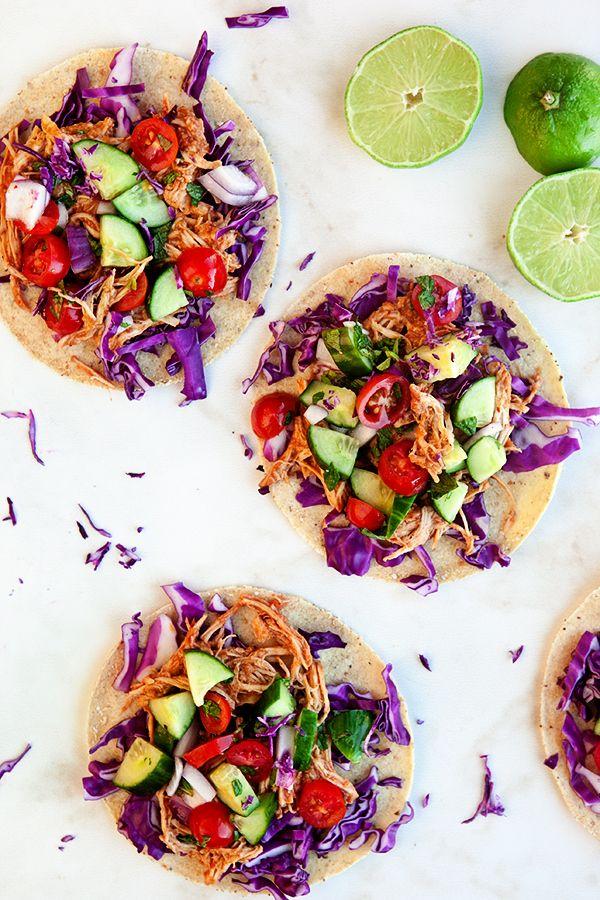 Pin Ups: Slow Cooker Thai Chicken Tacos | knittedbliss.com