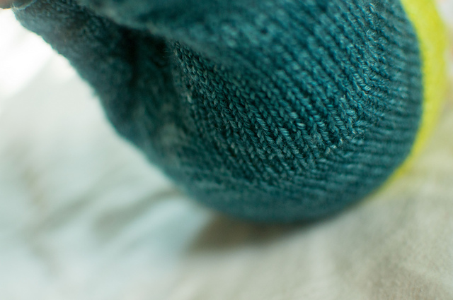 Modification Mondays: Ze Tiny baby Pants | knittedbliss.com