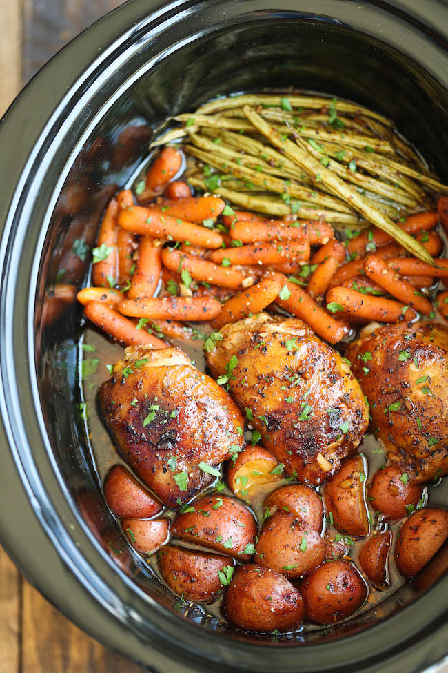 Pin Ups: Slow Cooker Honey Garlic Chicken and Veggies | knittedbliss.com