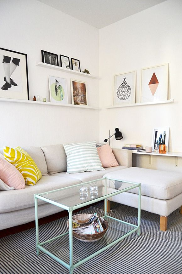 Pin Ups and Link Love:  Ideal Living Room | knittedbliss.com