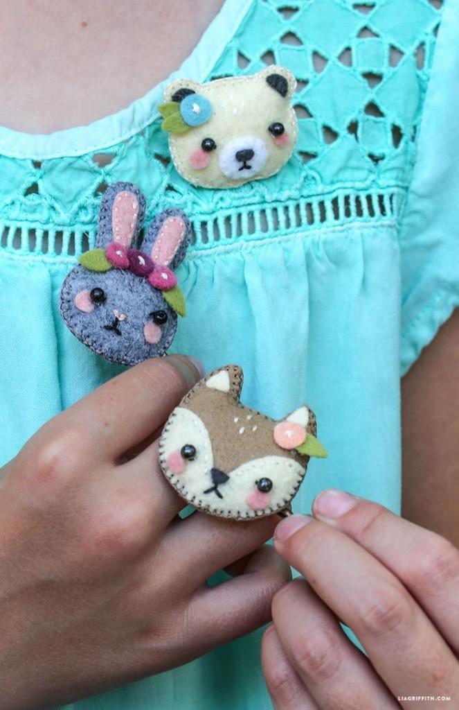 Pin Ups and Link Love: DIY Animal PIns | knittedbliss.com