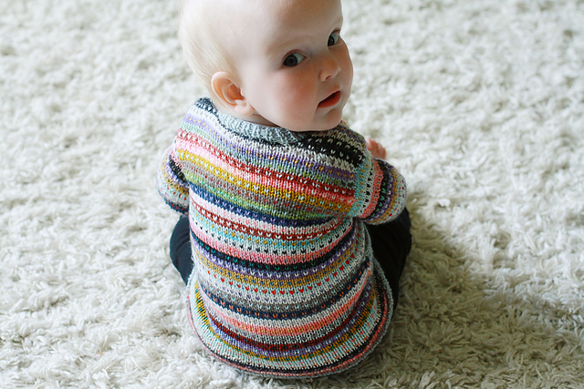 Modification Monday: Ends Baby Cardigan | knittedbliss.com