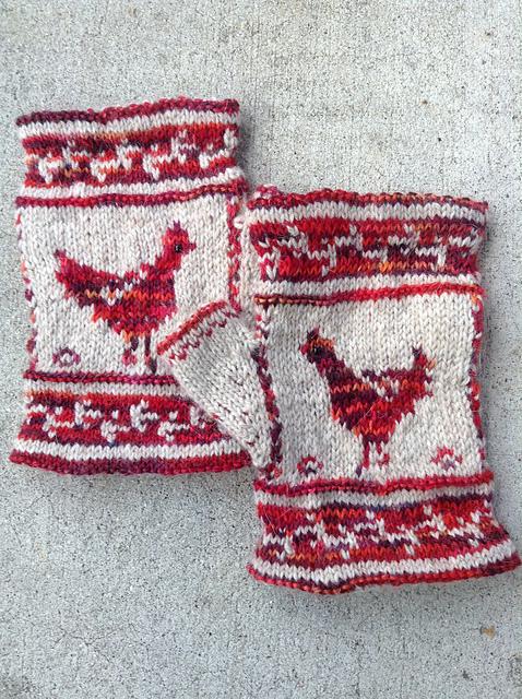 Modification Monday: Chicken Mitts | knittedbliss.com